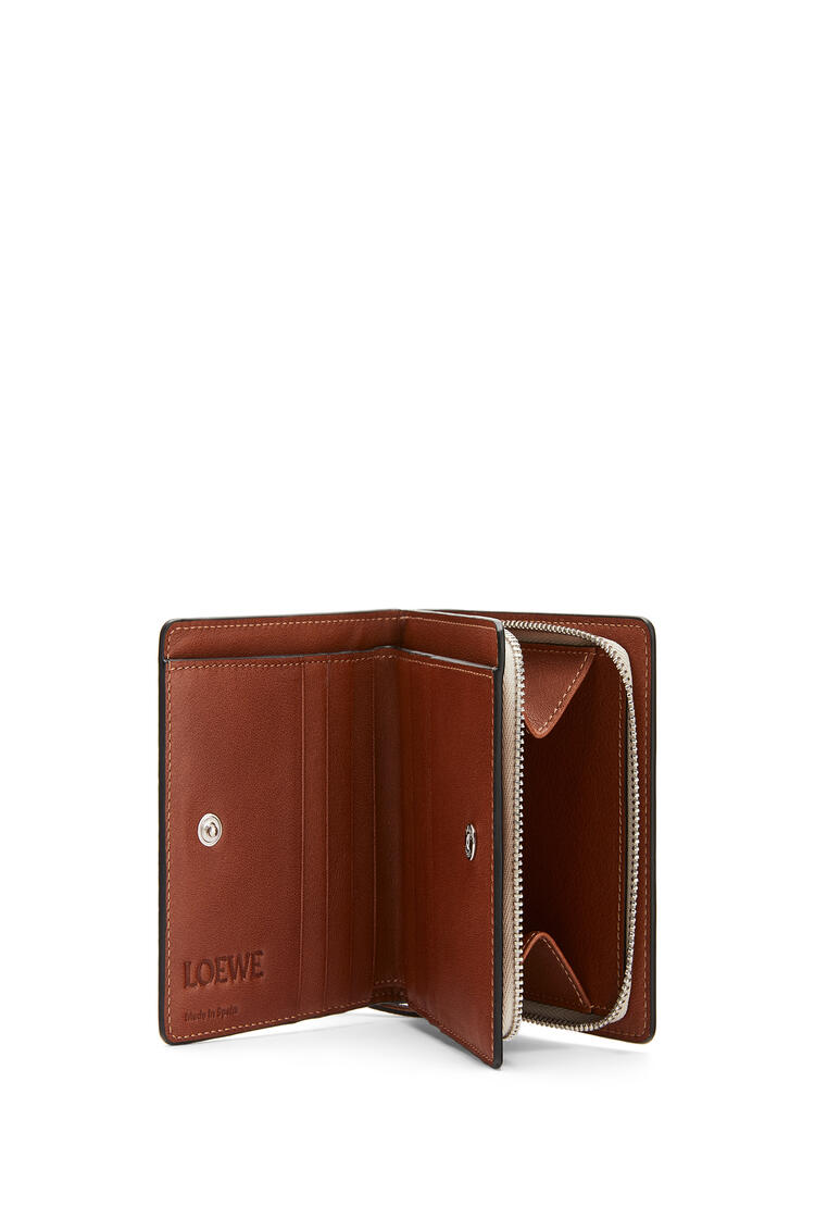 LOEWE Compact zip wallet in classic calfskin Light Oat/Tan pdp_rd
