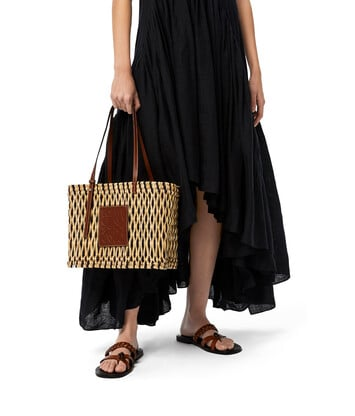LOEWE Square Basket Bag In Reed And Calfskin Natural/Black/Pecan front
