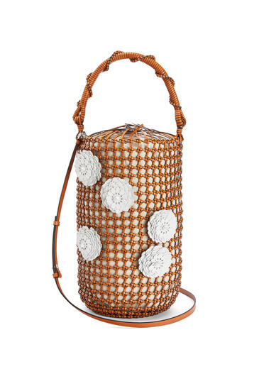 LOEWE Flower Bucket mesh bag in calfskin Tan pdp_rd