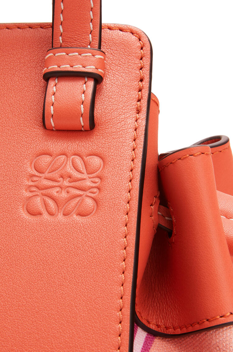 LOEWE Mini Hammock Drawstring Bag In Classic Calfskin And Waterlily Canvas Grapefruit/Salmon pdp_rd