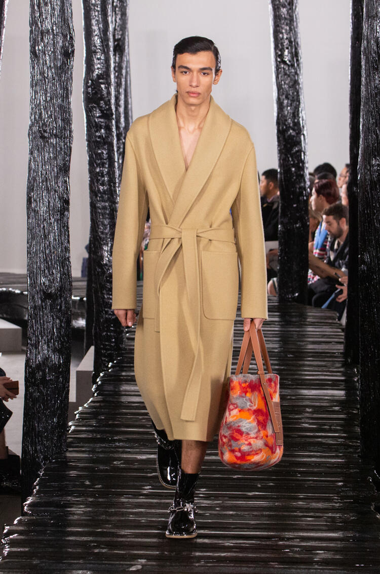 LOEWE Belted coat in cashmere Camel pdp_rd