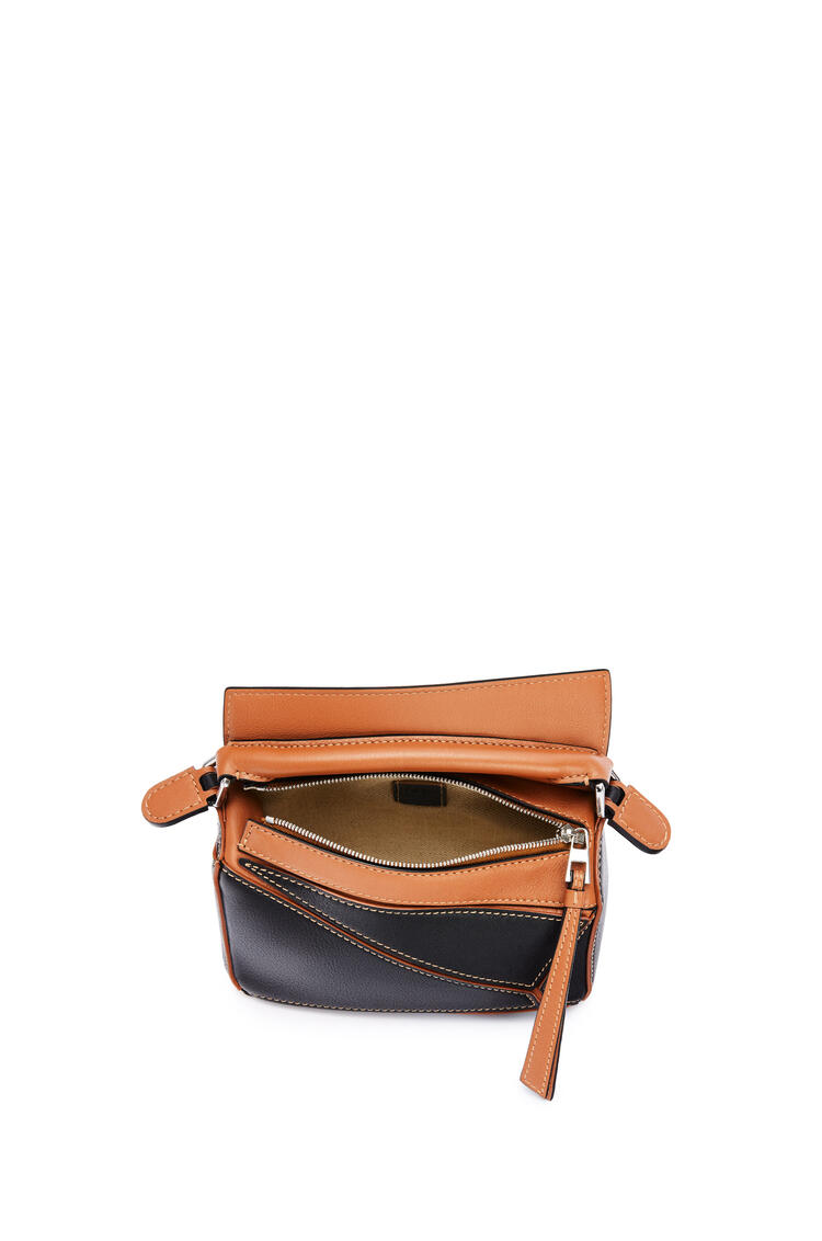 LOEWE Mini Puzzle bag in classic calfskin Black/Tan pdp_rd