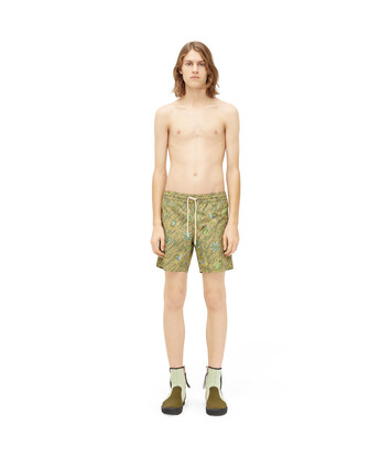 LOEWE Paula Print Swim Shorts 绿色 front