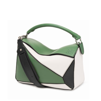 LOEWE Puzzle Bag Forest Green/White/Black front