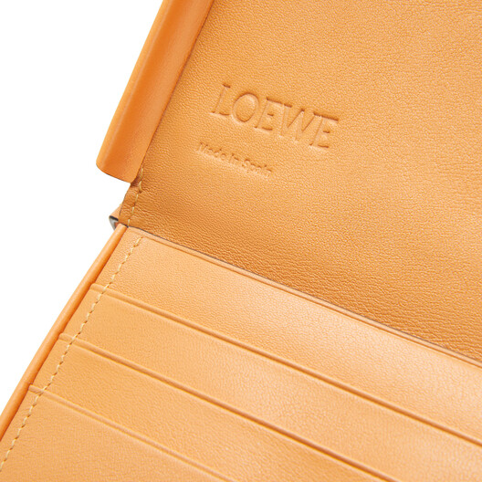 LOEWE Heel Pouch Small Soft Apricot front