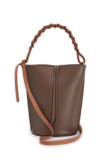 LOEWE Gate Bucket Handle bag in natural calfskin Dark Taupe pdp_rd