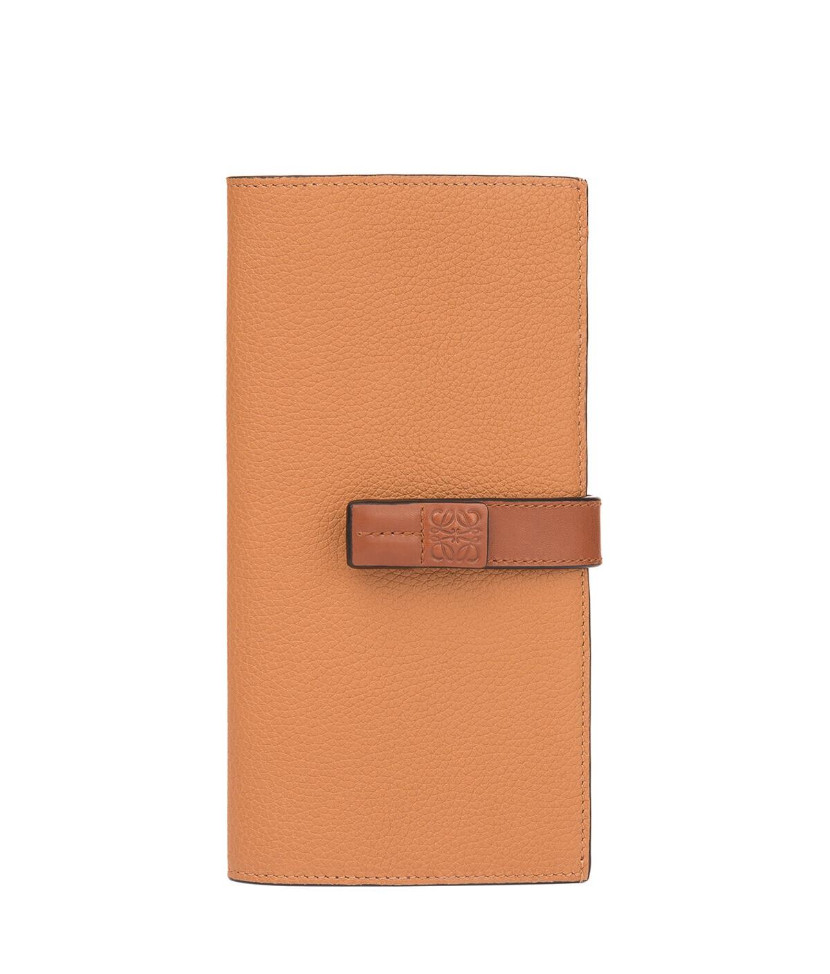 LOEWE Large Vertical Wallet Light Caramel/Pecan front