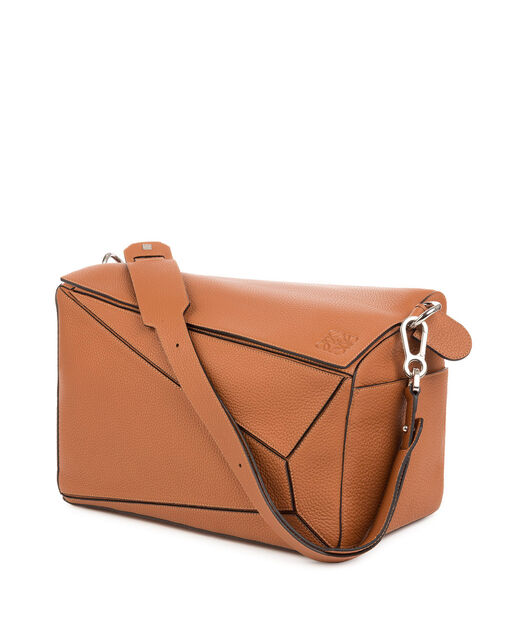 LOEWE Puzzle Xl Bag Tan front