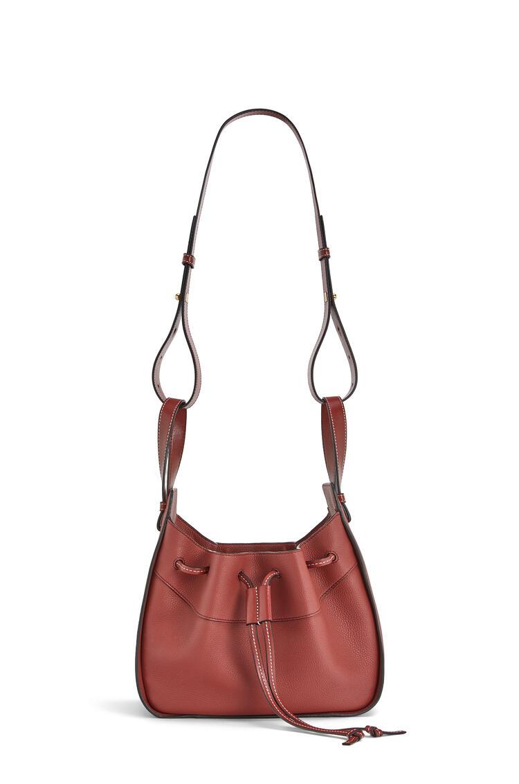 LOEWE Small Hammock Drawstring bag in soft grained calfskin Garnet pdp_rd