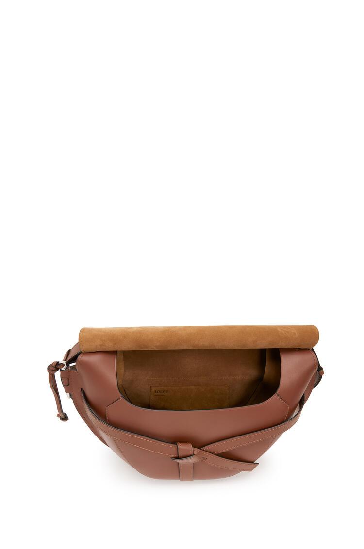 LOEWE Xl Gate Bag In Smooth Calfskin Cognac pdp_rd