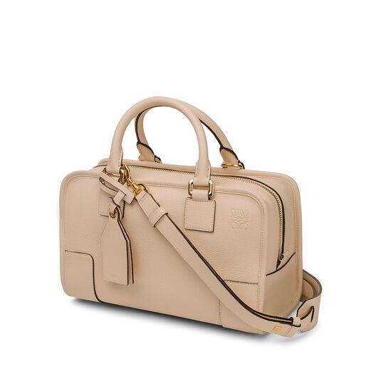 LOEWE Amazona 28 Bag Ivory all