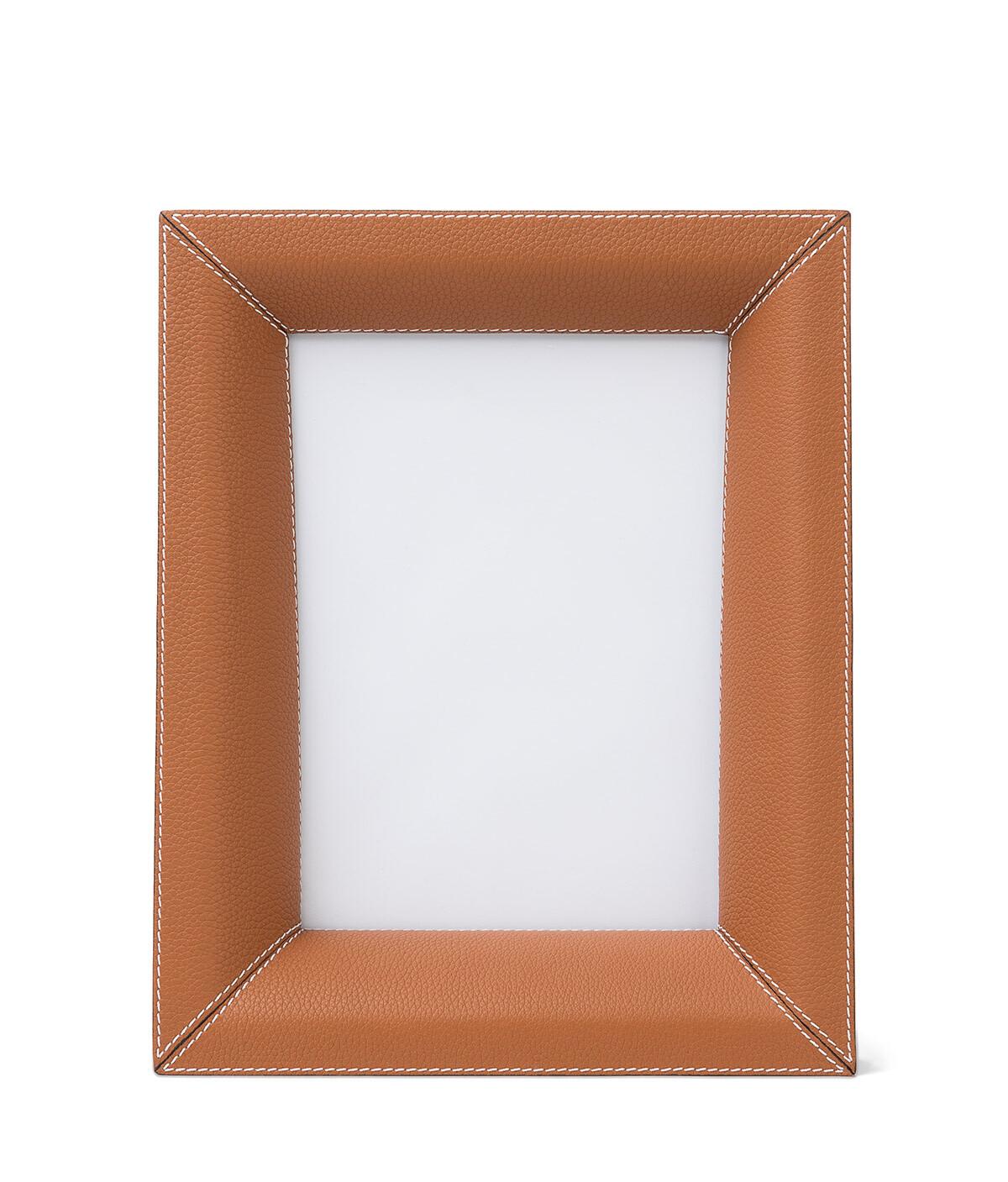 LOEWE Photo Frame 棕褐 front