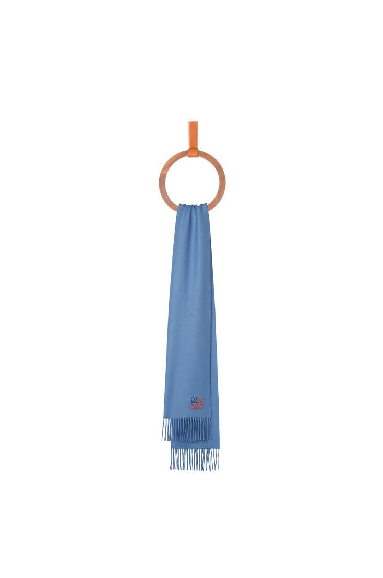 LOEWE 35 x 170 cm LOEWE anagram scarf in cashmere 粉藍色 pdp_rd