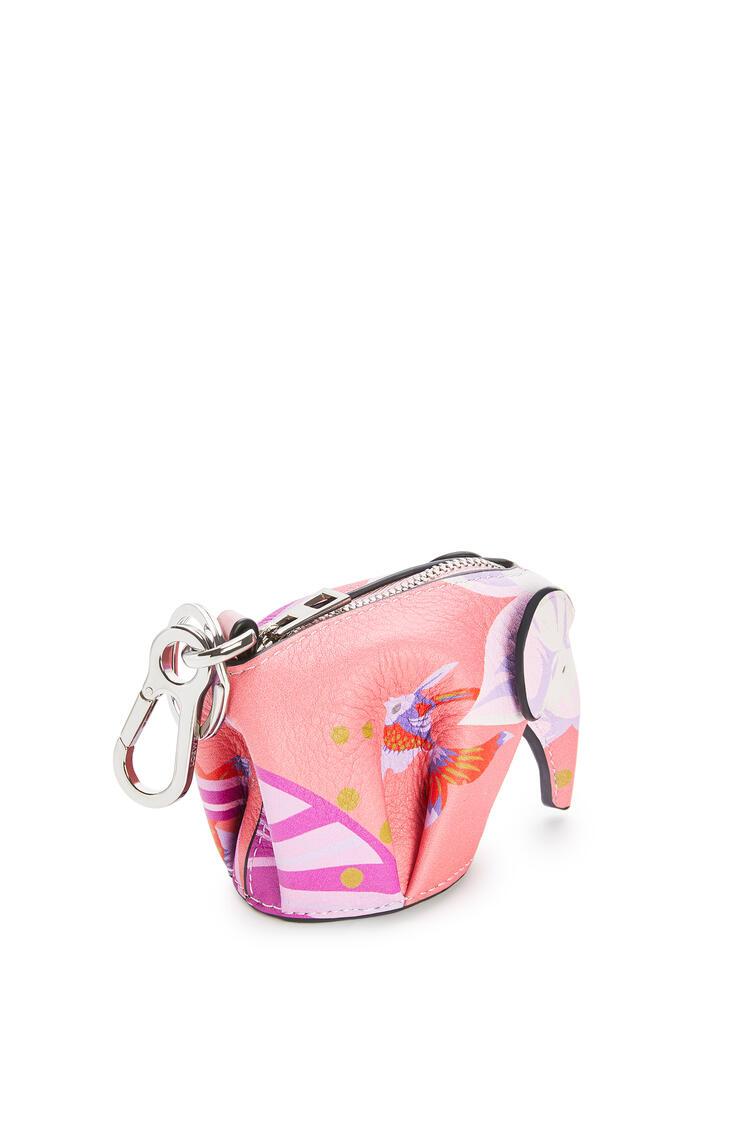 LOEWE Elephant charm in printed classic calfskin Pink pdp_rd