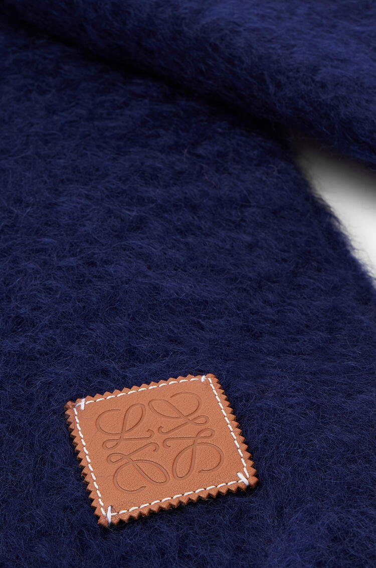 LOEWE 45 cm x 230 cm Scarf in mohair and wool Blue pdp_rd