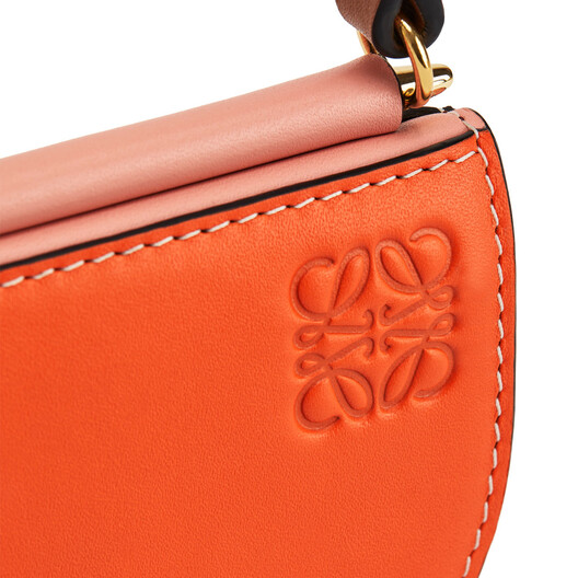 LOEWE ゲートポシェット Orange/Blossom front