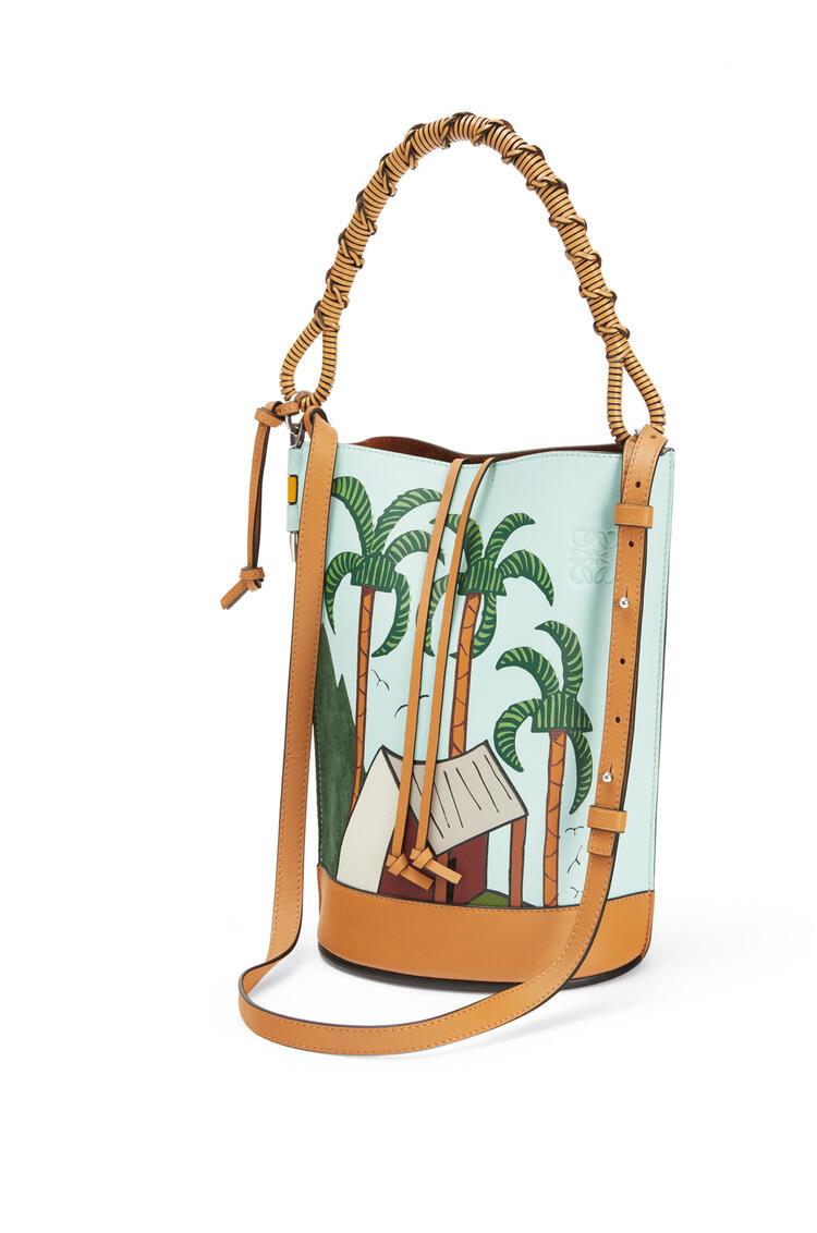 LOEWE La Palme Gate Bucket Handle bag in classic calfskin Mint/Multicolor pdp_rd