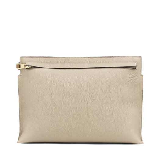 LOEWE T Pouch 沙色 front