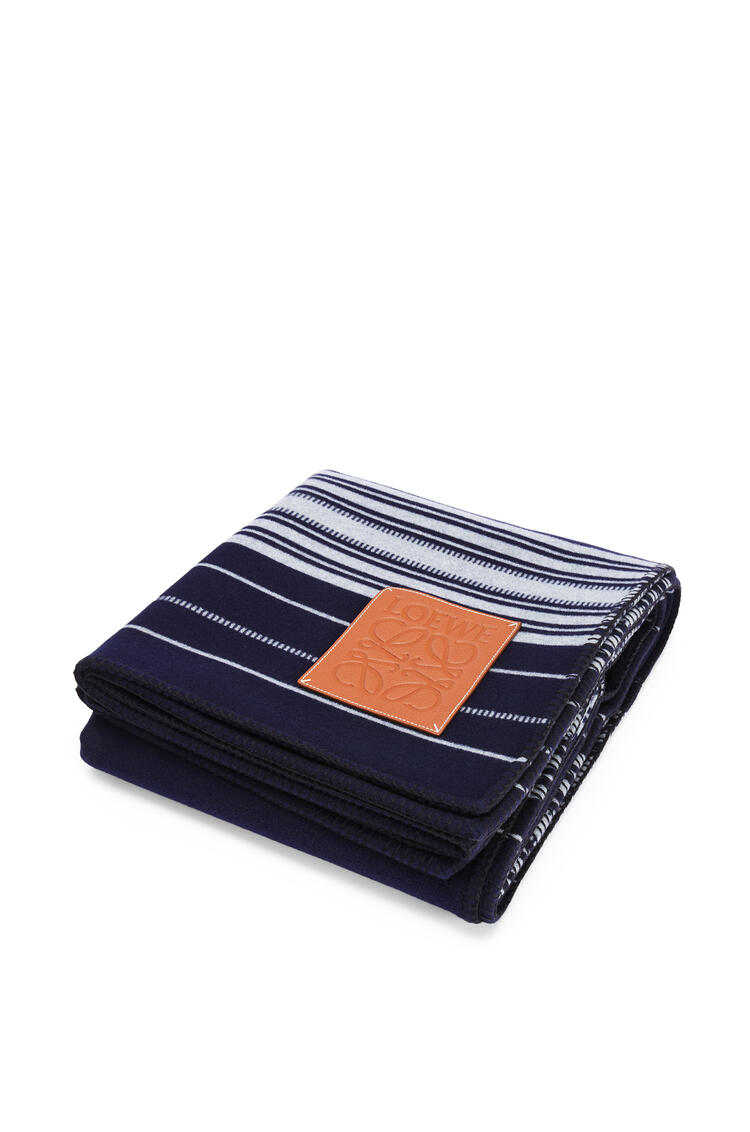 LOEWE Stripes blanket in wool and cashmere Navy/White pdp_rd