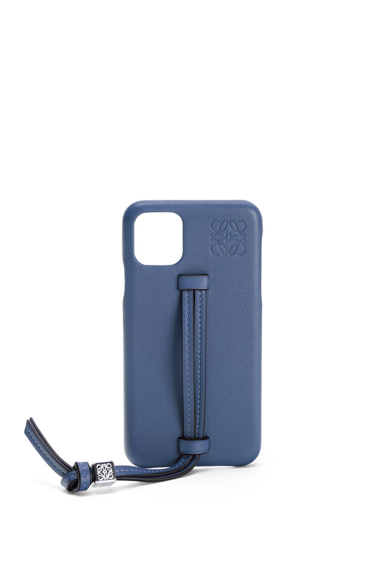 LOEWE Handle cover for iPhone 11 Pro Max in classic calfskin Indigo Dye pdp_rd