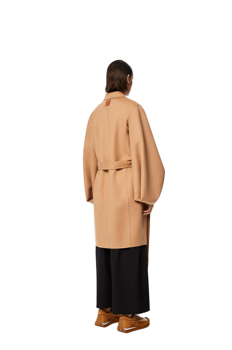 LOEWE Belted coat in wool and cashmere Brown Sugar pdp_rd