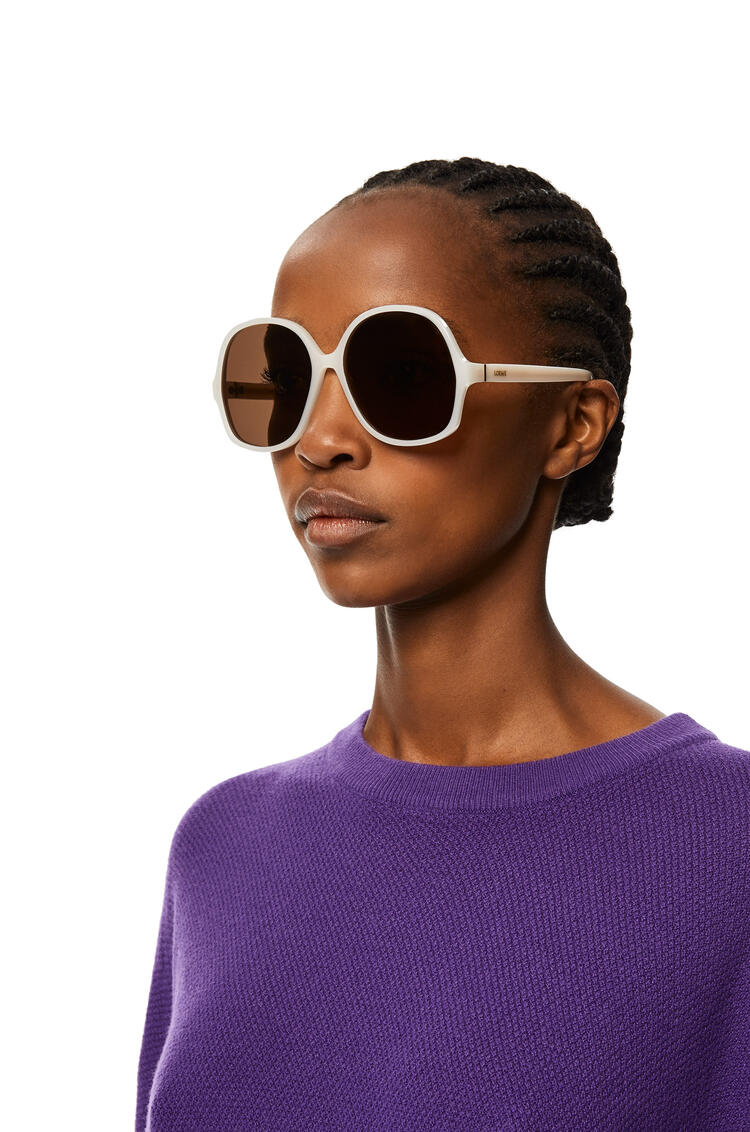 LOEWE Thin acetate oval sunglasses Milky Ivory pdp_rd