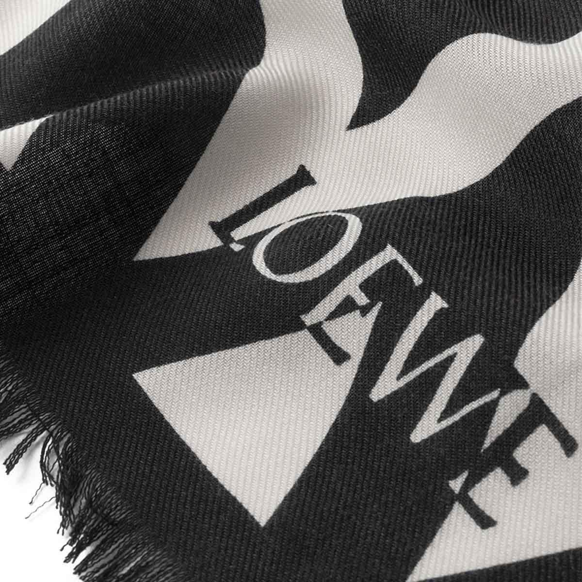 LOEWE 140X140スカーフヘリンボーン ホワイト/ブラック front
