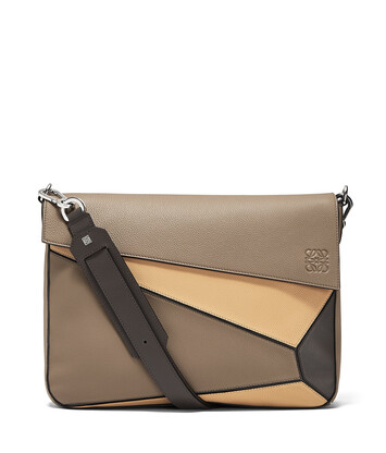 LOEWE Bolso Puzzle Messenger Topo Oscuro/Beige Desierto front