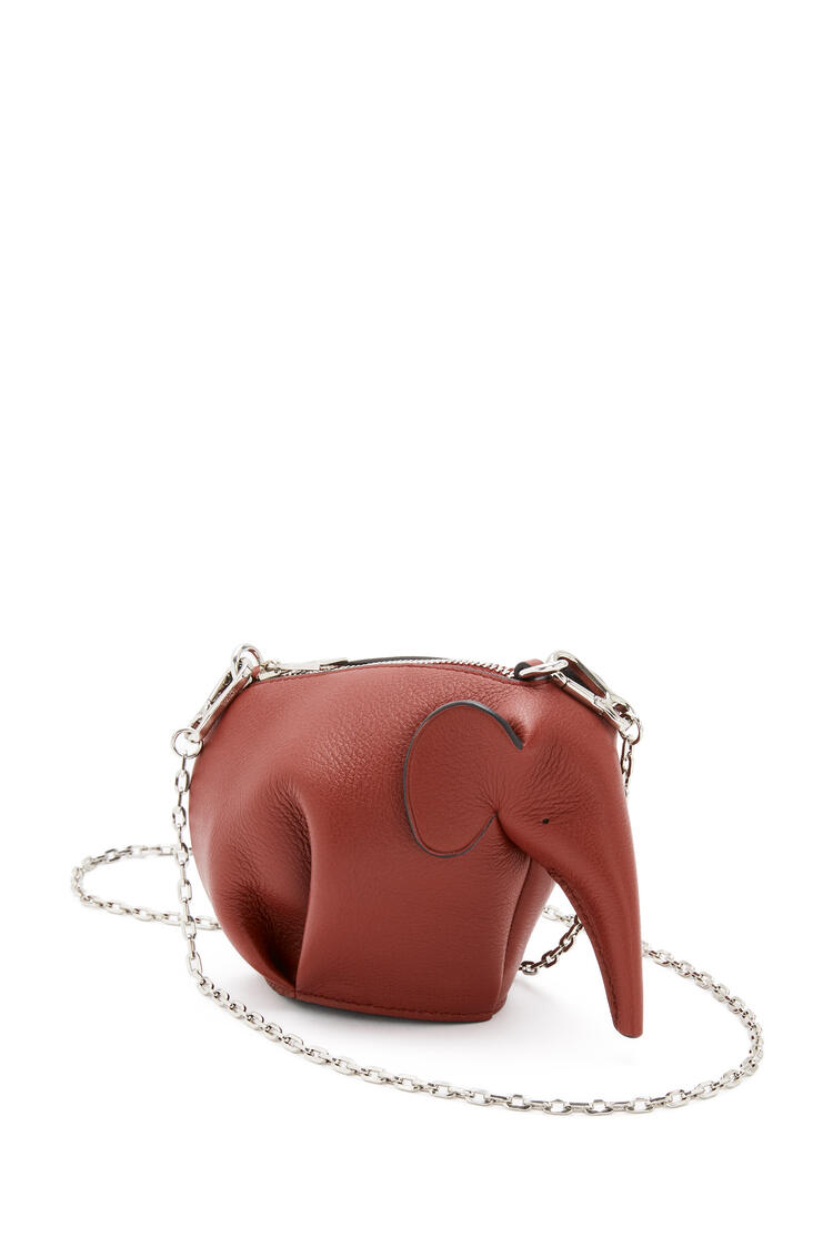 LOEWE Elephant pouch in classic calfskin Dark Rust pdp_rd