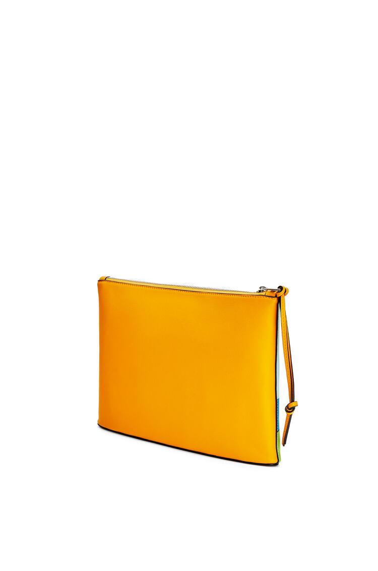 LOEWE イースター アイランド オブロング ポーチ (クラシックカーフ) Yellow Mango/Multicolor pdp_rd