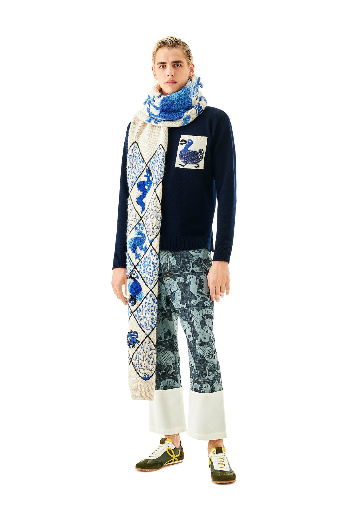 LOEWE Embroidered Knit Scarf Animals 白色/藍色 front