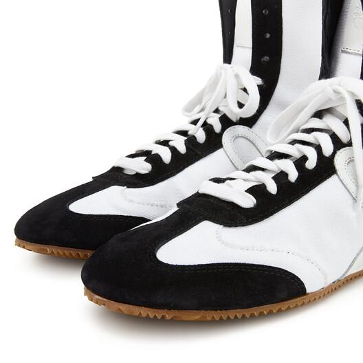 LOEWE High Top Ballet Runner Blanco/Negro front