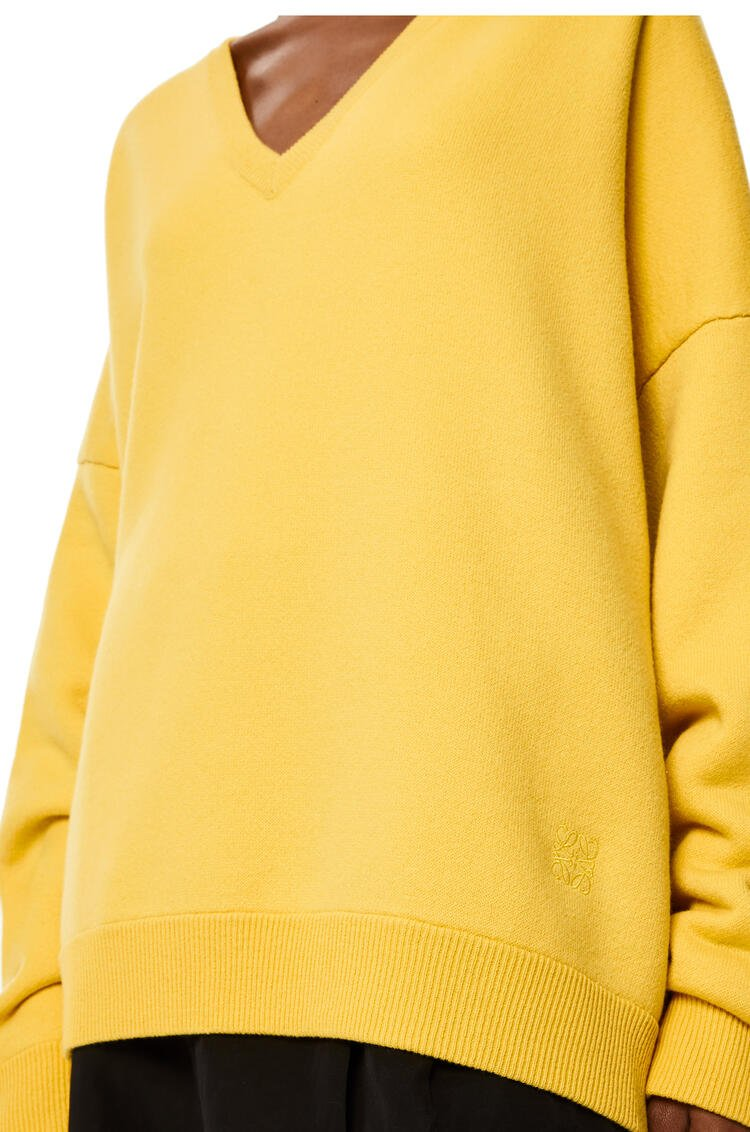 LOEWE Oversize V-neck sweater in cashmere Yellow Flower pdp_rd