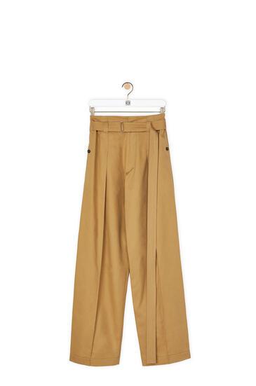 LOEWE Pantalón en algodón con cinturón Beige pdp_rd