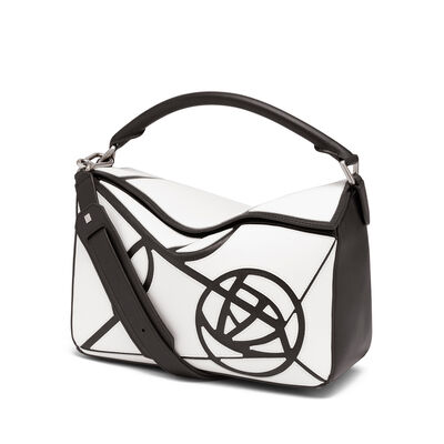 LOEWE Bolso Puzzle Roses Blanco/Negro front