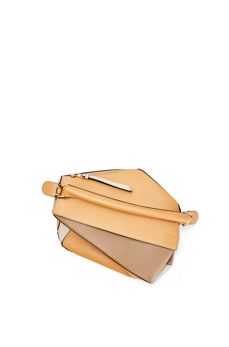 LOEWE Puzzle bag in classic calfskin Warm Desert/Mink Color pdp_rd