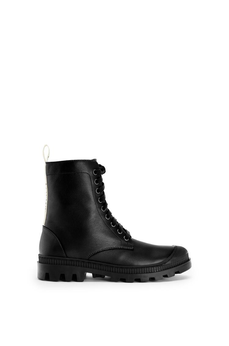 LOEWE Combat boot in calfskin Black pdp_rd