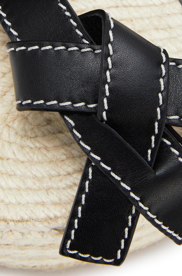 LOEWE Alpargata de cuña Gate en piel de ternera Negro pdp_rd