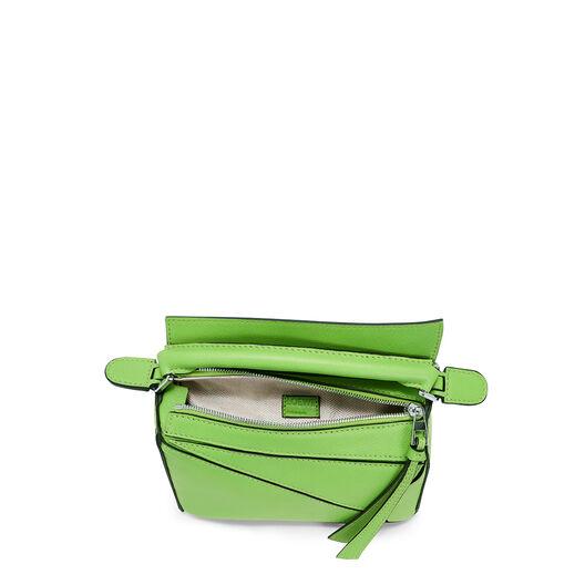 LOEWE Puzzle Mini Bag 绿色 front