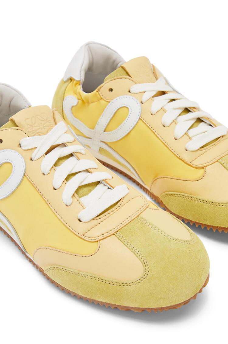 LOEWE 牛皮革和尼龙芭蕾舞跑鞋 Light Yellow pdp_rd