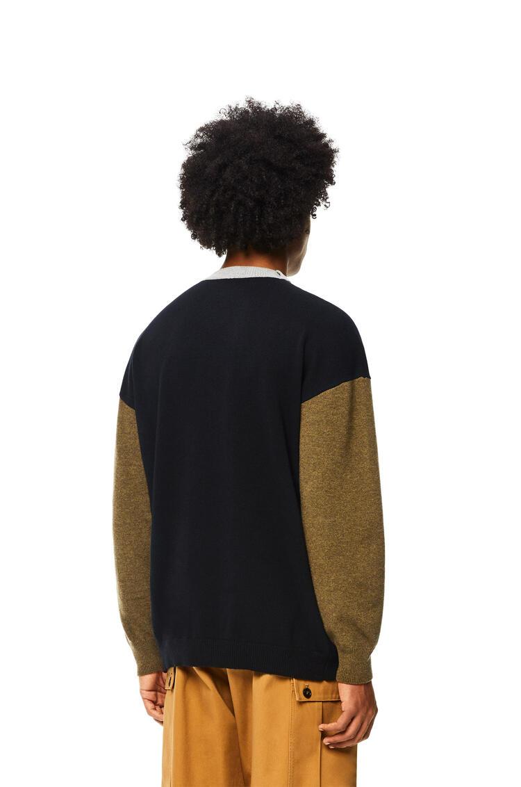 LOEWE 羊毛圆领落肩色块毛衣 黑色/军绿色 pdp_rd