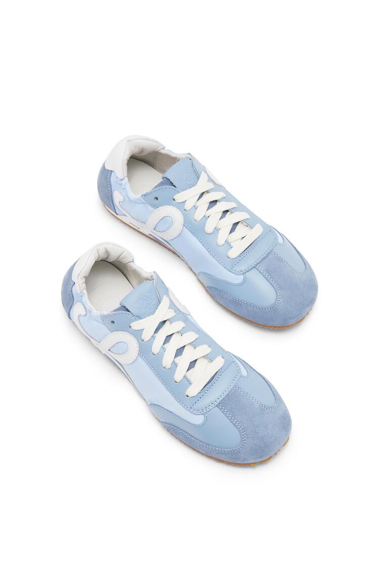 LOEWE Zapatilla Ballet Runner En Nailon Y Piel Azul Claro pdp_rd