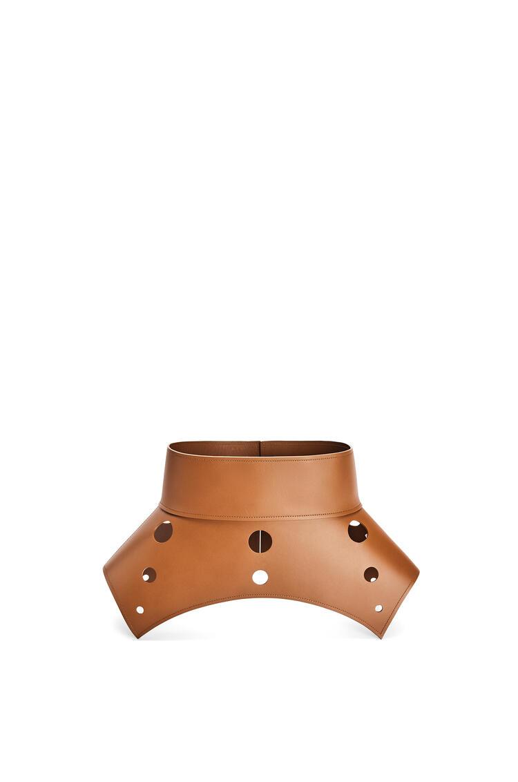 LOEWE Cinturón obi con aberturas en piel de ternera Bronceado pdp_rd