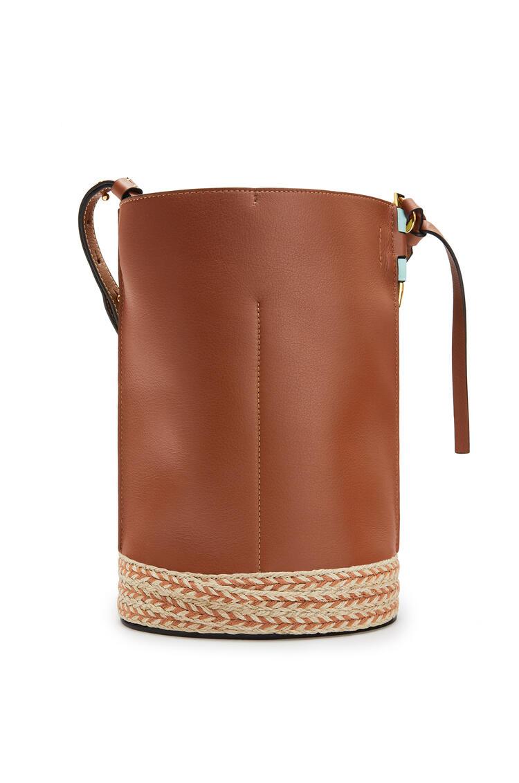 LOEWE Gate Bucket Bag In Raffia And Soft Grained Calfskin Mint/Tan pdp_rd