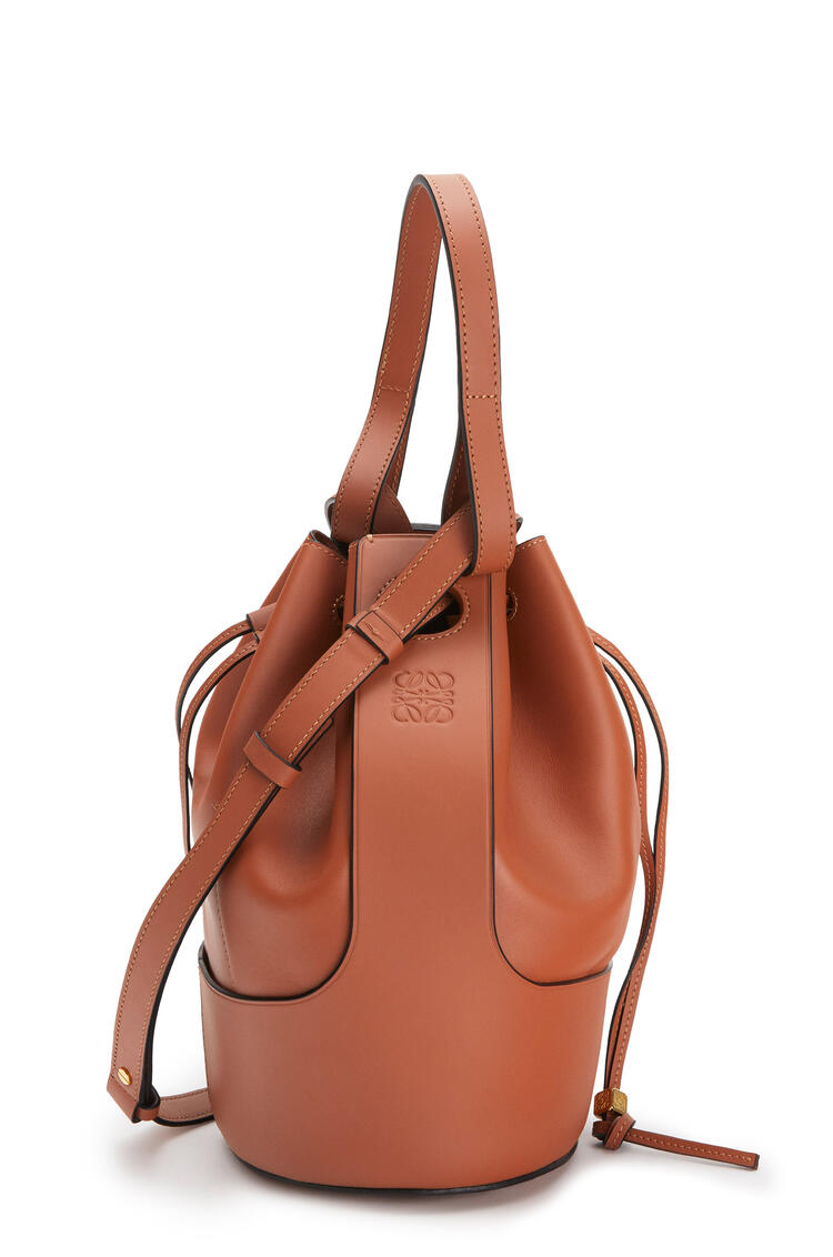 LOEWE Large Balloon bag in nappa calfskin 棕褐 pdp_rd