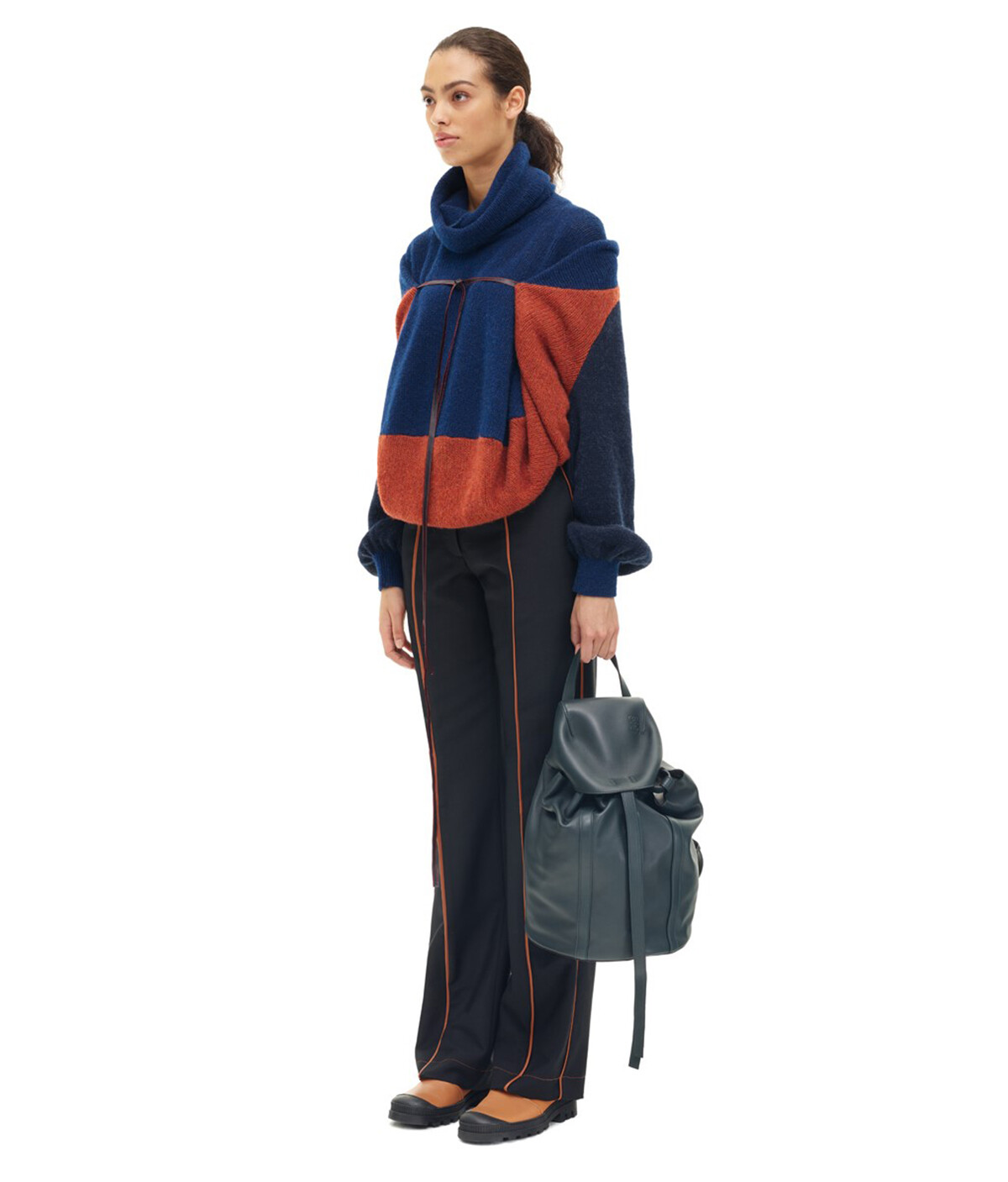 LOEWE Rucksack Small Cypress front
