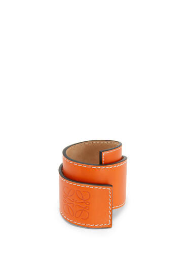 LOEWE Small slap bracelet in calfskin Orange pdp_rd