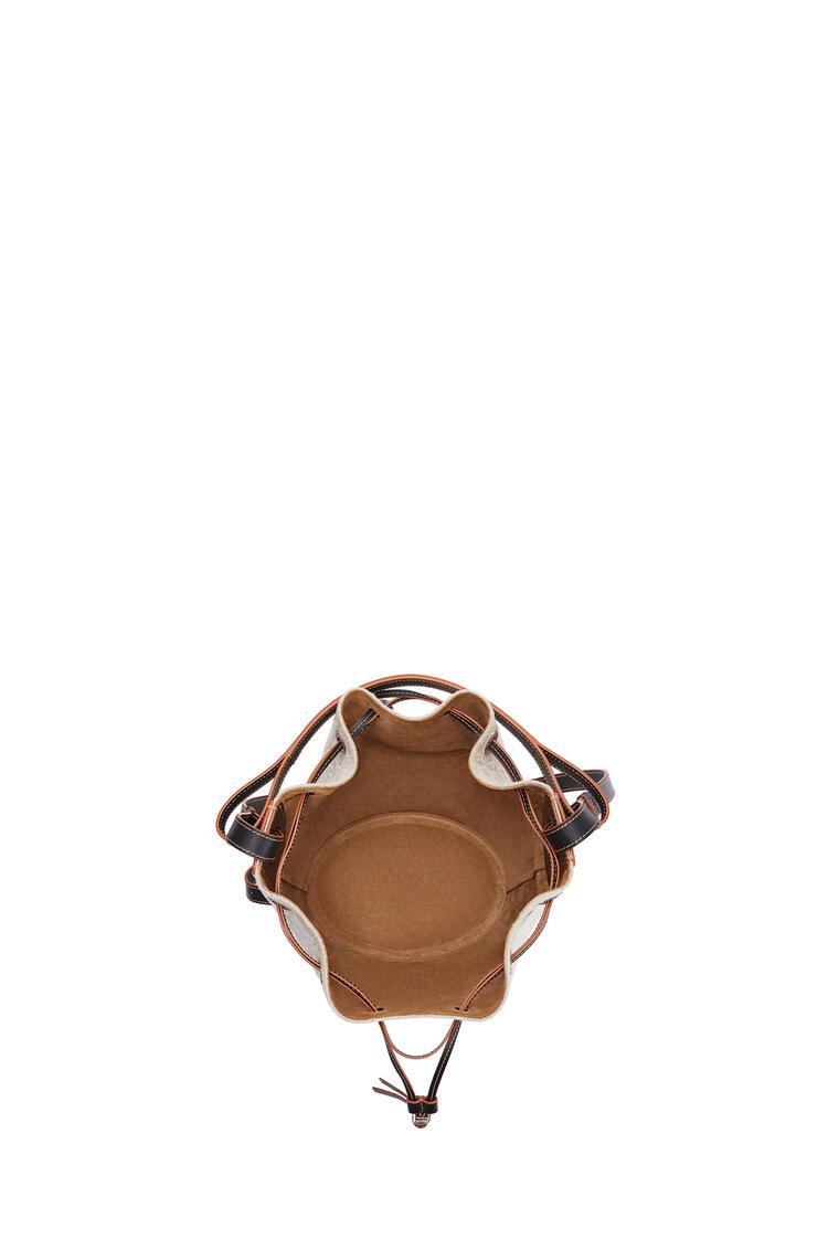 LOEWE Bolso Balloon en lino con Anagrama y piel de ternera Natural/Negro pdp_rd