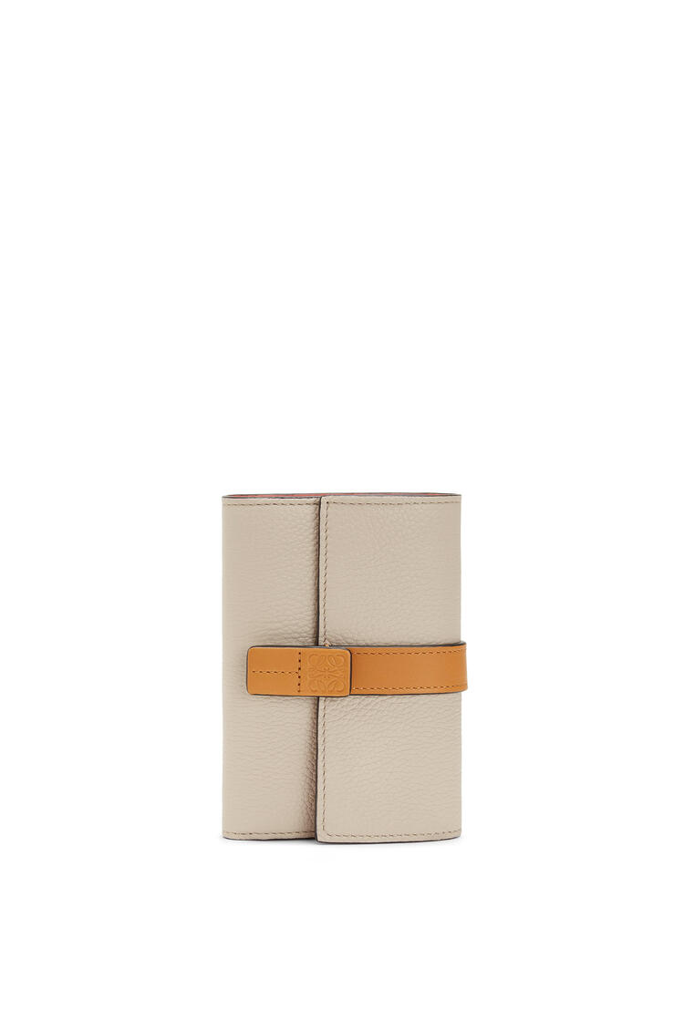 LOEWE Small vertical wallet in soft grained calfskin Light Oat/Honey pdp_rd