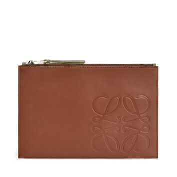 LOEWE Pouch Plana Brand Coñac front